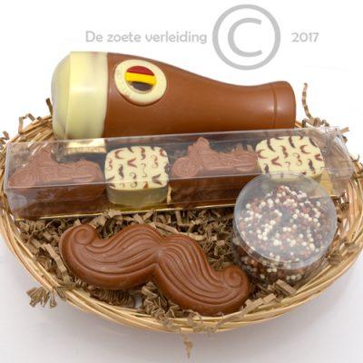 Vaderdag chocolade in mandje