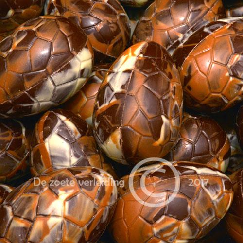 Schildereieren pure chocolade